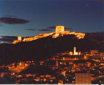 La iluminación del Castillo de Lorca quedará concluida en la II fase del ?Plan de Dinamización?