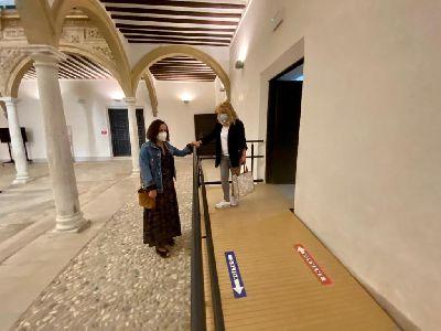 El Ayuntamiento lleva a cabo mejoras en el interior del Palacio de Guevara para la accesibilidad y evitar humedades