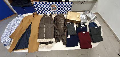 Agentes de la Unidad G.I.S.C. de la Policía Local de Lorca detienen a siete personas por presuntos delitos de hurto, resistencia y contra la seguridad vial