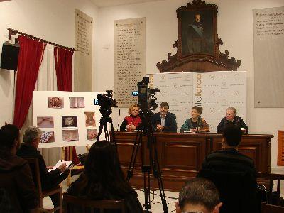 El Ayuntamiento lorquino cede 81 piezas medievales para la exposición