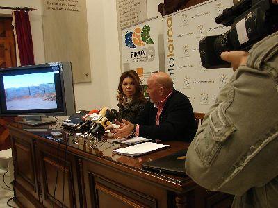 El Ayuntamiento de Lorca financia la construcción de un centro administrativo en Auserd que evitará a sus habitantes tener que atravesar 50 km de desierto para solucionar papeleo