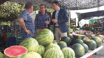 El Ayuntamiento aprobará en el próximo pleno eximir del pago de impuestos y tasas a los 230 vendedores del mercado cuando no se celebre en el Huerto de la Rueda