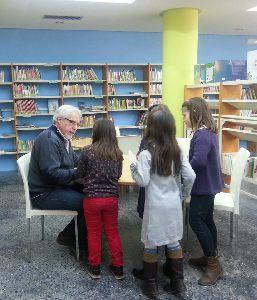 El escritor Alfredo Gómez Cerdá inaugura el lunes 22 los Encuentros con Autor de las Bibliotecas Municipales  para 2018