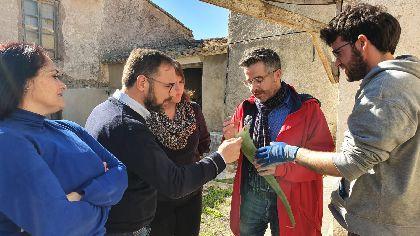 El alcalde de Lorca visita la Fundación Castillo de Chuecos