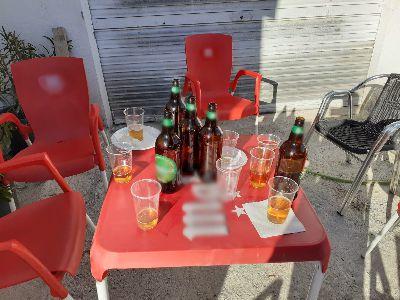 La Policía Local sanciona a siete personas por consumir alcohol en un local que lo había servido de manera ilegal