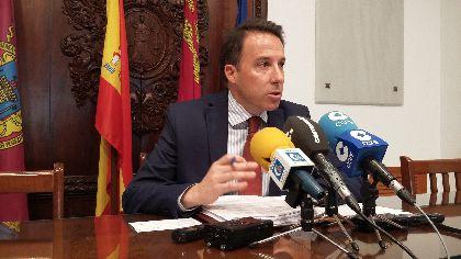 El Ayuntamiento recorta su deuda más del 50%, consolida el equilibrio presupuestario y eliminará el déficit acumulado