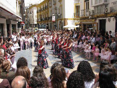 El estudio de Maria Teresa Lazareno inició con una gran expectación las actividades del Día Internacional de la Danza