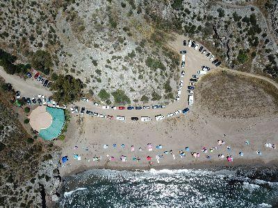 La Policía Local controla con drones el correcto cumplimiento de las normas en las calas de Punta de Calnegre
