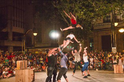 El Tendencias Summer Fest Lorca, que ofrecerá más de 40 actividades durante todo el verano, arranca hoy miércoles a las 21 horas en la Plaza de Calderón con el espectáculo ''Todo Encaja''