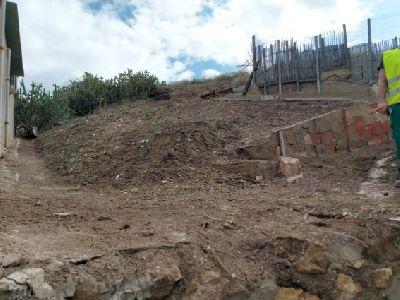 El Ayuntamiento lleva a cabo la limpieza del Cabezo del Tesoro situado en el barrio de San Cristóbal