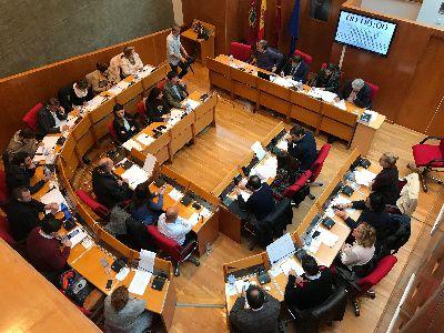 El Pleno Extraordinario del Ayuntamiento aprueba por unanimidad la concesión de los Honores y Distinciones de la Ciudad que serán entregados el jueves en el Teatro Guerra