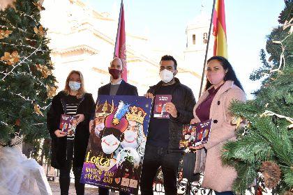 El Ayuntamiento reparte un total de 4.150 cuentos coloreables entre los niños y niñas en los colegios del municipio