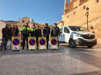 La Policía Local amplía su parque móvil con un furgón de nueve plazas que será utilizado en dispositivos diarios de prevención de seguridad ciudadana y señalización