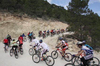 140 ciclistas participan en la primera ruta del programa ?Bicicleta y Naturaleza?