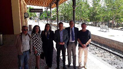 Lorca reclama que no se retrase más la redacción del estudio informativo de la conexión por tren con Granada, que cuenta con 600.000 € en los Presupuestos Generales vigentes