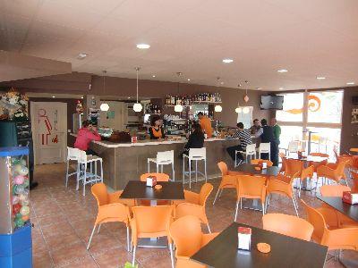 El Complejo Deportivo de La Torrecilla cuenta con un nuevo y moderno servicio de restaurante y cafetería