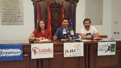 El Centro de Recursos Juveniles M13 de Lorca acogerá en julio una escuela de música y arte, talleres de video y una escuela gratuita para niños con 24 voluntarios europeos