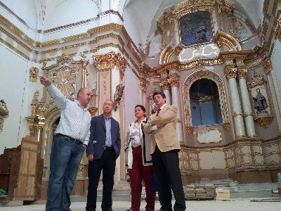 Avanzan a buen ritmo las obras de rehabilitación de la iglesia del Carmen, en las que se están invirtiendo más de 600.000 euros