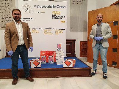 El Ayuntamiento de Lorca dona 25 tablets a las residencias de mayores para ''acortar distancias'' entre los usuarios