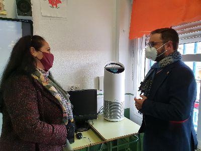 El Ayuntamiento de Lorca financia 678 purificadores de aire con filtros HEPA a todos los centros educativos