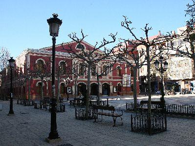 La Plaza de Calderón acoge este martes a las 22 horas la proyección del film francés Una bolsa de canicas dentro del ciclo Verano de Cine