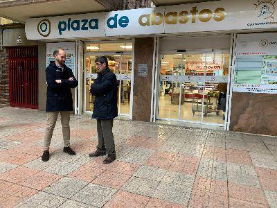 La Concejalía de Plazas y Mercados realiza varias mejoras en la Plaza de Abastos para hacerla ''más accesible y atractiva''