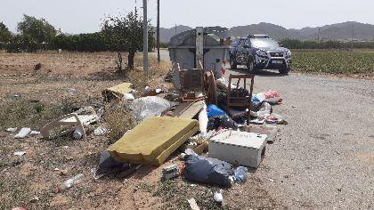 La Policía Local de Lorca recuerda la obligatoriedad de cumplir con la Ordenanza Municipal de Limpieza Viaria