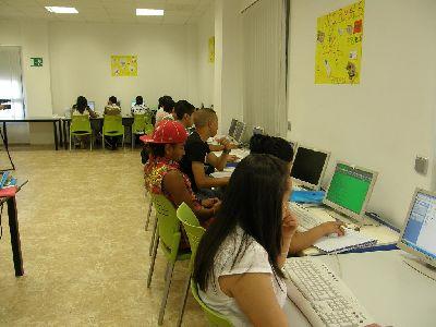 80 jóvenes participan en un nuevo programa intercultural del Ayuntamiento de Lorca, para promover la formación, la participación, las conductas cívicas y la convivencia