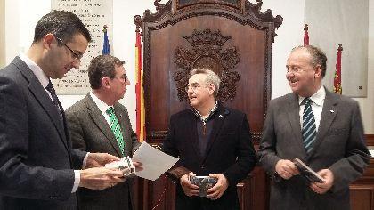 La campaña especial de la Concejalía de Turismo para promocionar nuestra Semana Santa dispara un 170% las peticiones para adquirir sillas