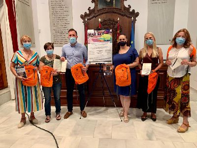 El Ayuntamiento pone en marcha el servicio ''Nosotros Te lo Llevamos: acercando lecturas''