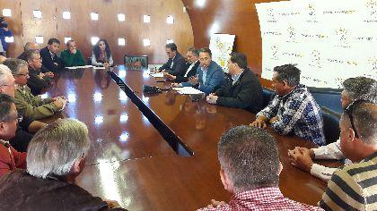 El Alcalde respalda a los vecinos de Villaespesa Soterrada y reclamará al Ministerio la construcción de pasos soterrados en los caminos de Enmedio y Villaespesa