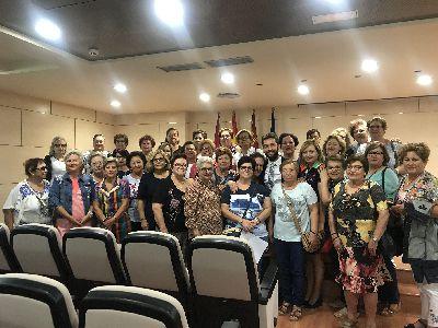 La Concejalía de Igualdad programa más de 150 talleres en los que participan 900 mujeres de todo el término municipal