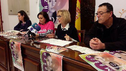 La lorquina Rocío González Martínez gana el VI Concurso Literario ''Mujeres'' con el cuento titulado ''Ella''
