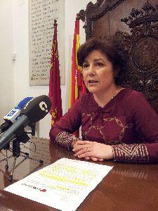 La Junta de Gobierno Local celebrada esta misma mañana ha aprobado la concesión de 33 nuevas ayudas por el importe conjunto de 50.554,23 euros.