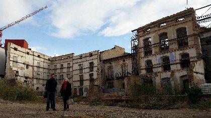 El Ayuntamiento asegura las fachadas de la parcela que albergará el Palacio de Justicia para garantizar su estabilidad y preservar sus elementos con protección cultural