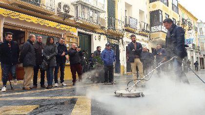 El Ayuntamiento implementa la maquinaria de Limusa con nuevos mecanismos de limpieza especialmente diseñados para el tratamiento integral de zonas comerciales y peatonales