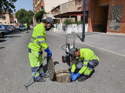 El Ayuntamiento continúa con la segunda campaña de control de plagas de roedores y cucarachas en barrios y pedanías