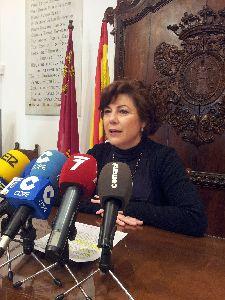 188 familias lorquinas damnificadas por los terremotos se han beneficiado hasta el momento del proyecto de atención social integral de la Mesa Solidaria