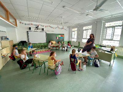 Cerca de un centenar de niños y niñas disfrutan de las actividades en las 'Escuelas de Verano para Conciliar y Coeducar'