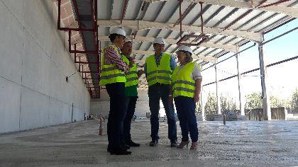 El Alcalde destaca que la primera fase del gran complejo cárnico elevará exponencialmente las oportunidades de crecimiento y progreso de todo el sector ganadero lorquino