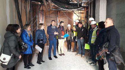 El Alcalde supervisa las obras de la Casa de la Igualdad que ofrecerá múltiples servicios a las mujeres lorquinas y se suma a las inversiones en fomento del casco histórico