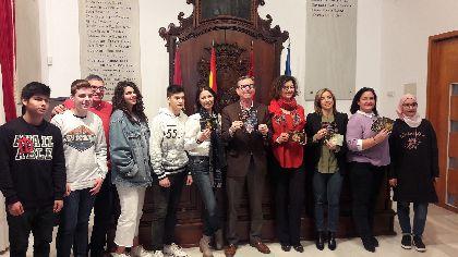 El dispositivo turístico para Semana Santa incrementa su personal y horario de atención, y distribuirá 25.000 impresos para visitantes, 1.000 de ellos en francés por primera vez