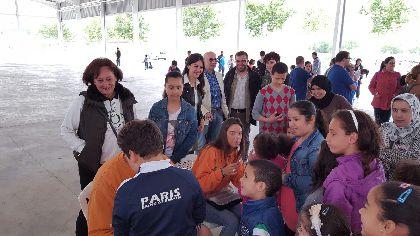 M�s de 200 menores del programa CaixaProinfancia y sus familias participan en un d�a de convivencia