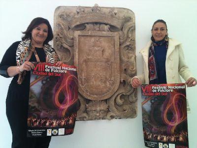 El Teatro Guerra acoge este sábado la celebración del VIII Festival Nacional de Folclore ''Ciudad del Sol'', que reunirá a 120 participantes de Murcia, Valencia y Ávila
