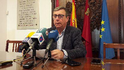 El Ayuntamiento convoca las ayudas al transporte para estudiantes universitarios lorquinos que se desplacen durante el curso 2017/2018 a universidades de la Región