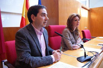 El Ayuntamiento propone que los comercios de nueva apertura sólo paguen la mitad del ICIO y bonificar el 90% de la licencia de actividad a nuevos comercios durante 2012