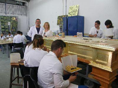 La Concejalía de Empleo del Ayuntamiento de Lorca forma a 12 desempleados en la restauración con dorado y policromía