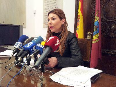 La Mesa Solidaria que atiende a los lorquinos más afectados por los terremotos y las inundaciones ha conseguido reunir hasta la fecha más de 5 millones de euros