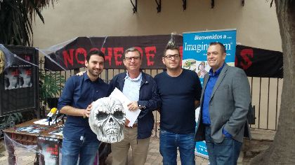 La Concejalía de Cultura del Ayuntamiento de Lorca complementa las actividades de la Noche de Brujas con la proyección de ''It follows'' este viernes en el Teatro Guerra