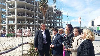 El Alcalde destaca que la construcción del nuevo barrio de San Fernando supone un revulsivo social y culmina uno de los retos más complejos tras los terremotos de 2011